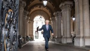 Ontslag juridische topadviseur regering-Johnson werpt schaduw over Brexit-onderhandelingen