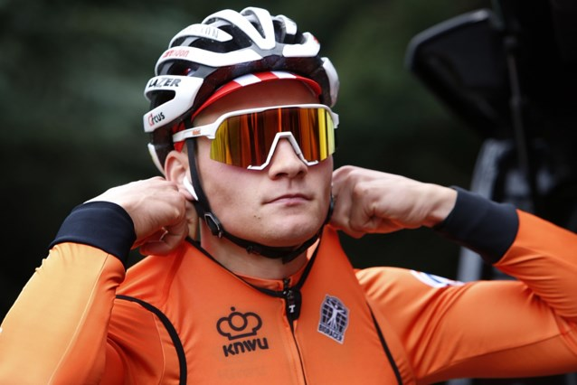 """Mathieu van der Poel toch nog naar WK? Bondscoach ziet mogelijkheden: """"Parcours waarop hij ver kan komen"""""""