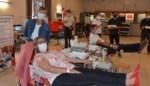 Schepenen geven samen met zeventig bewoners bloed in Berghine