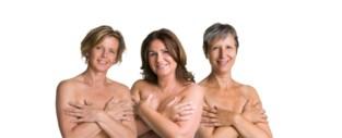"""Halve schepencollege halfnaakt op affiches: """"Er is leven na borstkanker, maar laat je tijdig onderzoeken"""""""