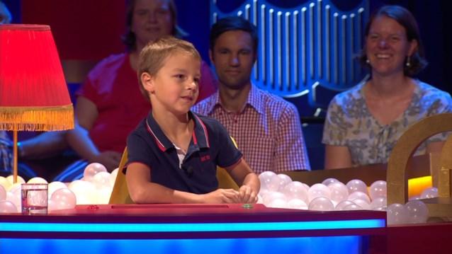 7-jarige Stig grapt mee over seksleven Jean-Marie Pfaff