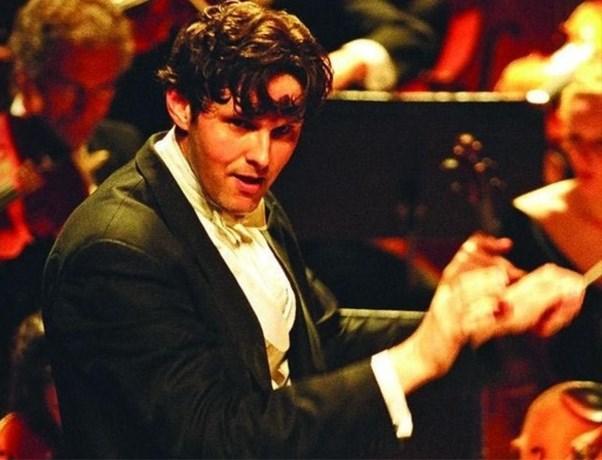 Topdirigent sterft tijdens repetitie opera 'Is This The End?'in de Muntschouwburg