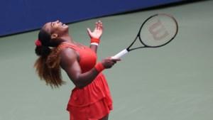 Serena Williams blijft op recordjacht, Amerikaanse staat voor 14de keer bij de laatste vier in US Open