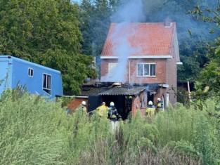 Woning onbewoonbaar na brand in 's Gravenwezel