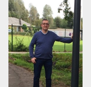 Vlaams Belang blij met nieuwe ledverlichting Voetbalstraat