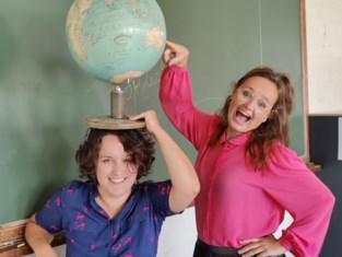 """Leerkrachten Saartje en Inge starten met Studio TOPlesS, en dat is niet wat u denkt: """"We willen inspireren"""""""