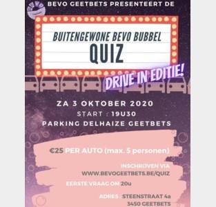 Deelnemen aan 'Buitengewone Bevo Bubbel Quiz' vanuit de auto op parking Delhaize Geetbets