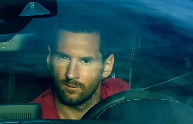 """Kevin De Bruyne blikt vooruit op nieuw seizoen: """"Messi? Hij had ons kunnen helpen, want ik vind hem de beste ooit"""""""