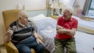 """Axel op bezoek bij homokoppel in rusthuis: """"Als je vijftig jaar samen bent, is het voor altijd"""""""