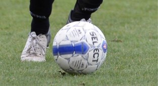 Corona slaat toe bij Limburgse voetbalploegen: al twaalf besmettingen