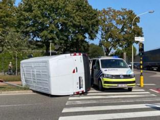 Passagier taxi lichtgewond bij ongeval in Wilrijk