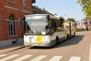 Slechts 1 bushalte op 73 in Kalmthout <BR />kan door rolstoelreizigers worden gebruikt
