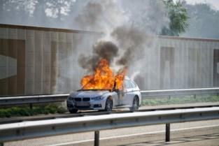 BMW brandt uit op Noord-Zuidverbinding in Hechtel