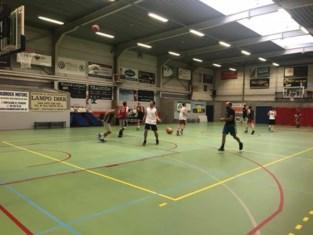 """Gemeenteraad verhuist tijdelijk naar basketzaal: """"Publiek opnieuw welkom"""""""
