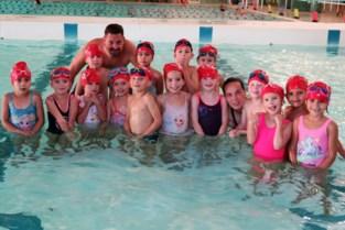 """Zwemclub Schoten maakt van kleuters echte ottertjes, dolfijnen en pinguïns: """"Hoezo geen plaats voor de zwemles?"""""""