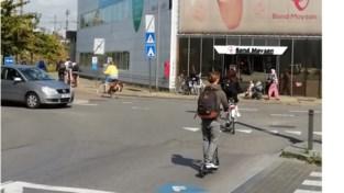 """Autovrije zondag? Dan kan je fietsen langs de gevaarlijkste punten van de stad: """"Fietsroute die onze kinderen naar school moeten afleggen, is geen zondags ritje""""<BR />"""