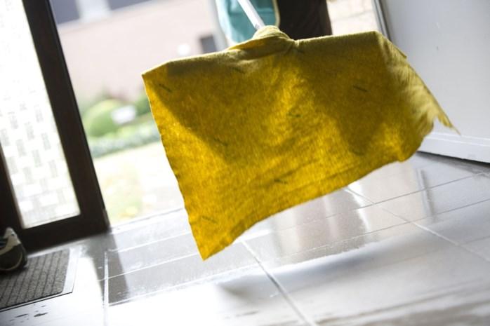 Schoonmaakster (47) steelt liefst 17.000 euro bij Herkse dokterspraktijk