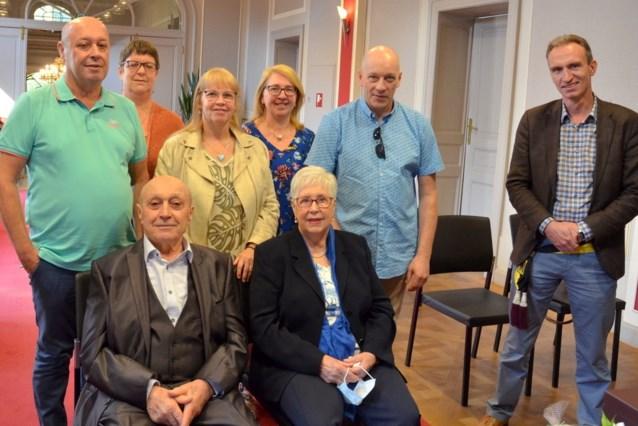 Oud-voetballer Albert (92) viert briljant met echtgenote Denise (85)