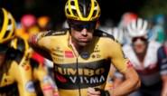 """Tom Dumoulin weet dat Egan Bernal een mentale mokerslag kreeg: """"Een renner probeert altijd Parijs te halen"""""""