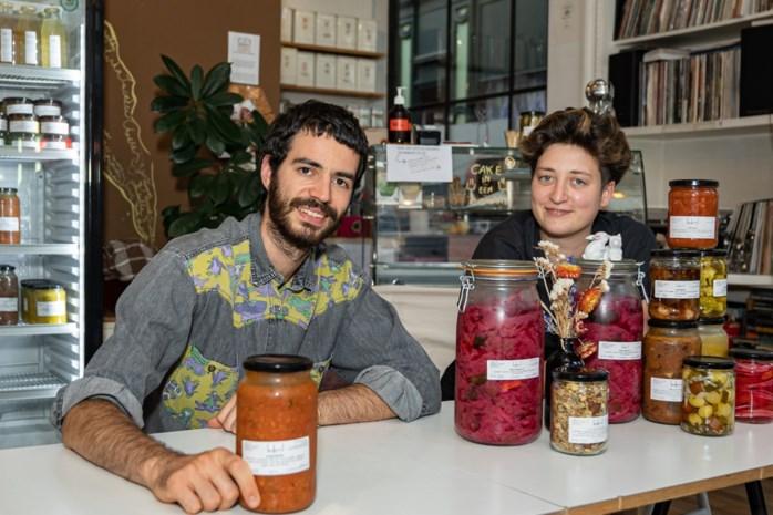 """Te klein om opnieuw meer eters te ontvangen en dus werd 'Lokaal' 'Bokaal': """"Alles zelf ingemaakt met groenten afkomstig van Vlaamse velden"""""""