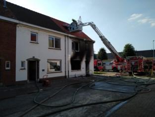 """Bewoner die eigen huis in brand stak, betuigt spijt in rechtbank: """"Ik had een mindere dag en voelde me niet goed in mijn vel"""""""