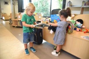 Bib Beersel lanceert boekentrolleys voor de kinderdagverblijven