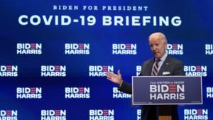 """Falende corona-aanpak Trump """"diskwalificeert hem volledig"""" voor presidentschap, zegt Biden"""