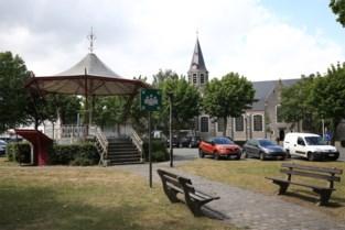 Oostakkerdorp behoudt naam: burgemeester trekt plan in na protest