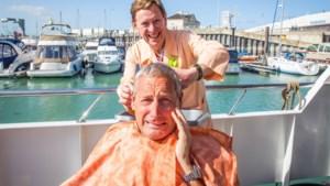 'Alberto Vermicelli' knipt de haren van Gert Verhulst