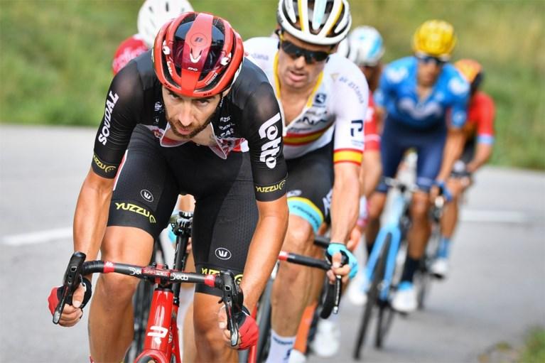 """Wout van Aert blijft verrassen met derde plaats in laatste Alpenrit: """"Misschien kan ik op termijn dit soort etappes winnen"""""""