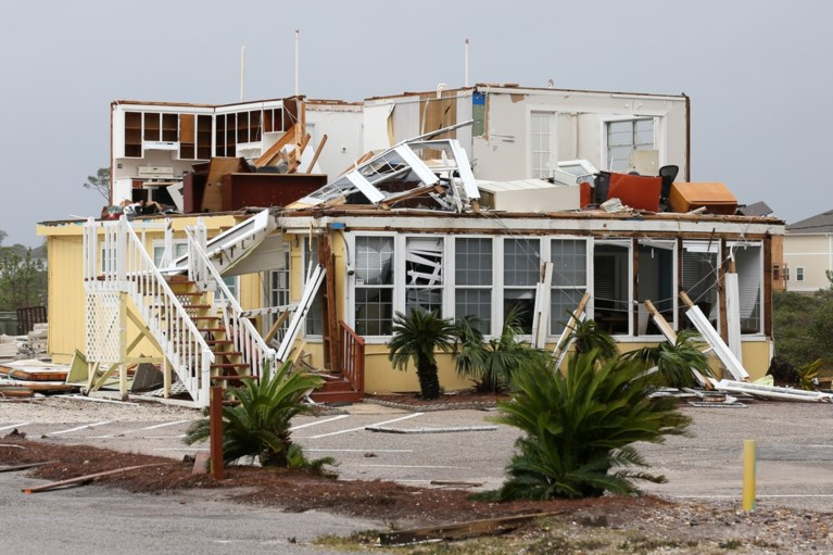 """Storm Sally teistert zuidoosten van VS: """"Rampzalige overstromingen"""""""