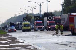 Oliespoor op de A12 laat zich niet verwijderen, asfalt moet worden afgeschraapt