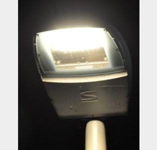 Ledverlichting voor twee straten in Sint-Eloois-Vijve<BR />