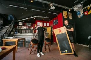 Studentencafé De Salamander op Ossenmarkt heropent dankzij twee broers