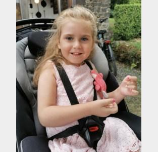 """Actie voor meisje (4) dat lijdt aan het Rett-syndroom: """"Mia spreekt met haar ogen"""""""