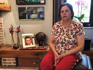 """Mama van verongelukte Kurt (19), bijna vijf jaar na de fatale klap: """"Hij was zo'n toffe gast, maar mensen herinneren zich maar één ding"""""""