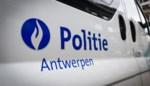 Twee gewonden bij aanrijding met vluchtmisdrijf in Antwerpen