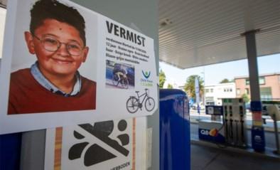 """Familie doet emotionele oproep aan vermiste Ilias (12): """"Kom naar huis. Mama en papa zijn niet boos op je"""""""