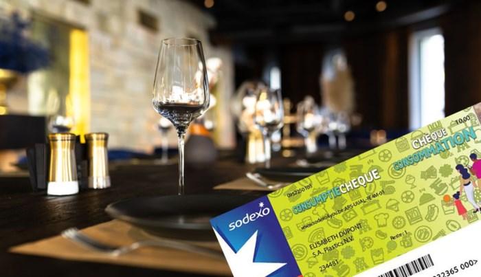 Het corona-cadeautje dat je nergens kwijt kan: horeca weigert cheque die hen aan extra klanten moet helpen