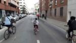 Fiets en step nemen straten over tijdens Autoloze Zondag