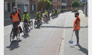 Sint-Amandus Basisschool maakt fietsketting van 209 meter