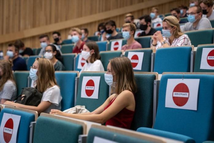 Takeaway in De Brug, les in de Ghelamco: de eerste keren van het nieuwe academiejaar