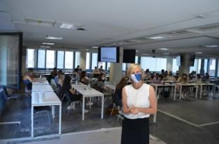 VUB-studenten starten academiejaar in leegstaand kantoorgebouw