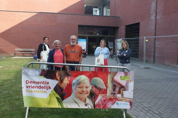 """Sint-Niklaas wil dementievriendelijke stad zijn: """"Belangrijk dat handelaars geen misbruik maken van de situatie"""""""