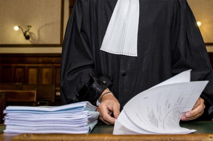 """Man (71) riskeert drie jaar cel wegens """"frauduleuze"""" erkenning Afrikaanse kinderen"""