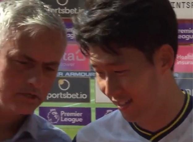 """José Mourinho onderbreekt interview met Son, die vier keer scoorde: """"Man van de Match? Harry Kane!"""""""