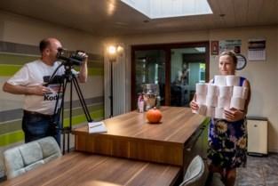 """'Lockdownfilm' van filmmaker uit Schelle wint op Zwitsers festival: """"Dank aan mijn vrouw en mijn kat"""""""