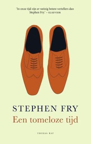 RECENSIE. 'Een tomeloze tijd' van Stephen Fry: Onbekwaam voor een normaal leven ***