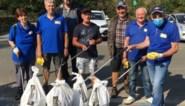 Bubbels van vrijwilligers ruimen straten op