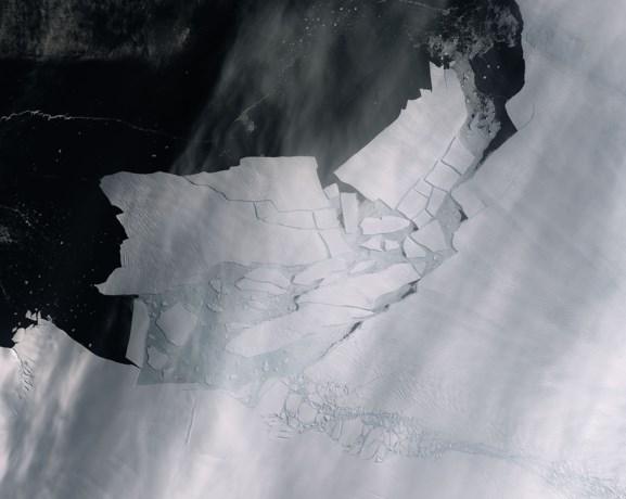 """Studie VUB: """"Smeltende ijskappen kunnen zeespiegel met extra 44 cm doen stijgen"""""""